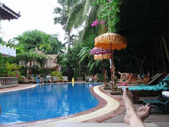 Bopha Siem Reap Boutique Hotel: the pool