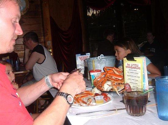 Crabby's: Crackin crabs