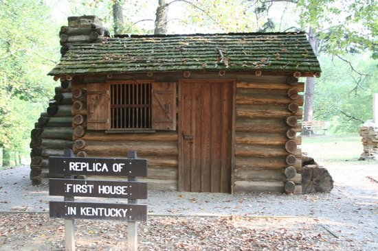 Barbourville, KY: Thomas Walker Replica Cabin