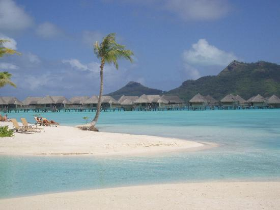 InterContinental Bora Bora Resort & Thalasso Spa: playa del hotel