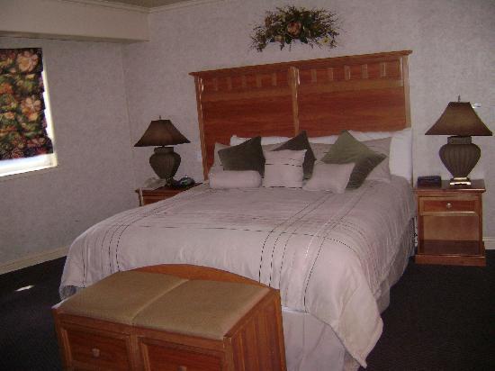 Forest Suites Resort at Heavenly Village: Bedroom in the Emerald Bay Suite