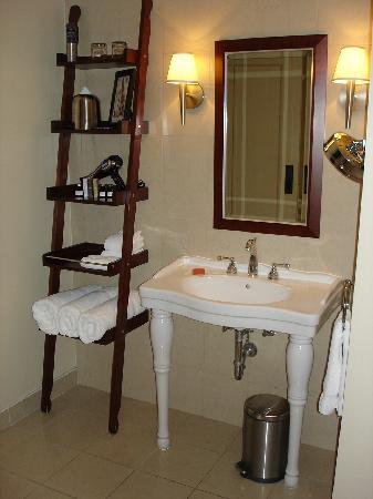 Hotel Nelligan : Bathroom Photo 2