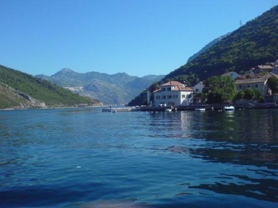 Hotel Montenegro Beach Resort : Transfer Across Bay of Kotor