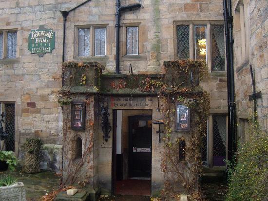 Bagdale Hall Hotel and Restaurant : Front Entrance