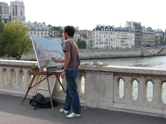 Les Degres de Notre Dame: Artists everywhere
