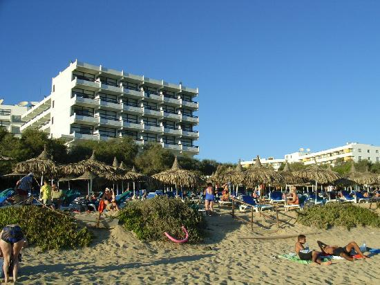 Grecian Bay Hotel: view from the beach