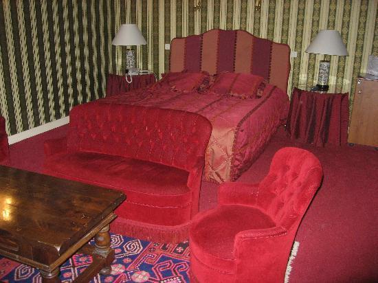 Chateau De Fleurville : The suite