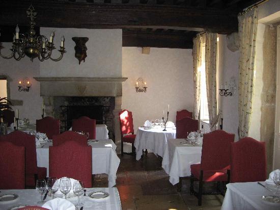 Chateau De Fleurville : Restaurant