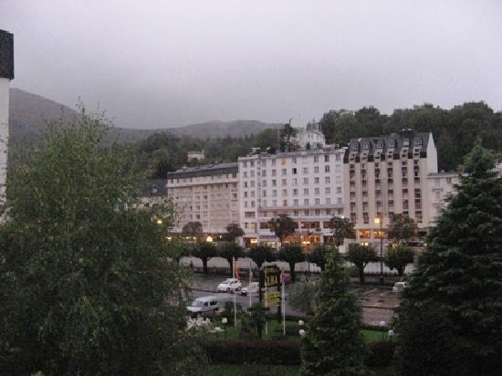 Hotel Mediterranee Lourdes : View from the balcony