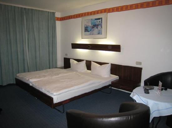 Hotel Jakober Hof: Une chambre
