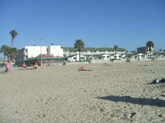 The Beach Cottages: the hotel from the beach