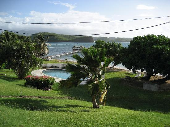 Coral Cove Cottages & Apartments : Beautiful Property