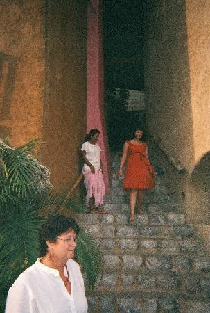 La Quinta Troppo: The Stairs Down to the Pool