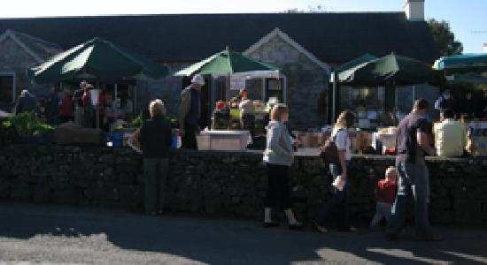 Oceanville House Bed & Breakfast: Saturday Farmer's Market