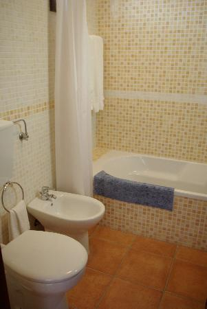 Ancora Park: Nice bathroom