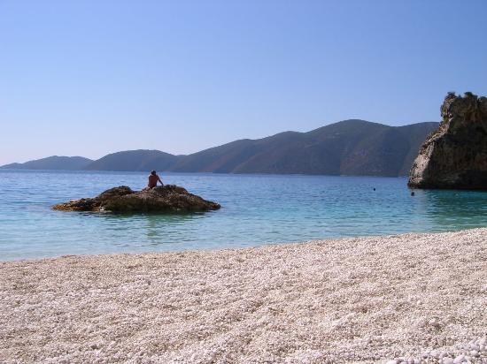 Vassiliki Bay Hotel: Agiofili beach-10 min from Vassiliki