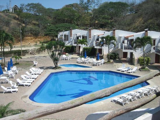 Hotel Baja Montanita: Baja Montanita's pool area