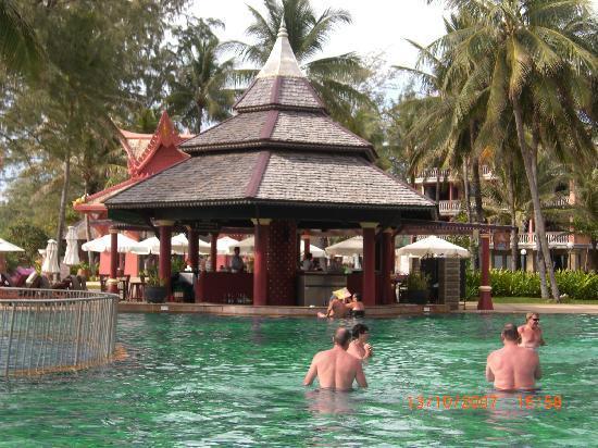 Kata Happy House: Main Pool