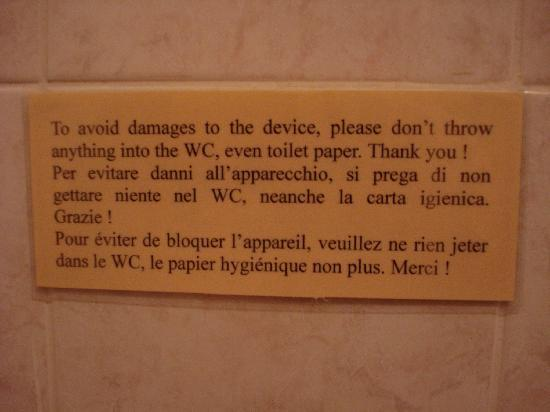 B&B Residenza Cantagalli: the WC does not function properly.