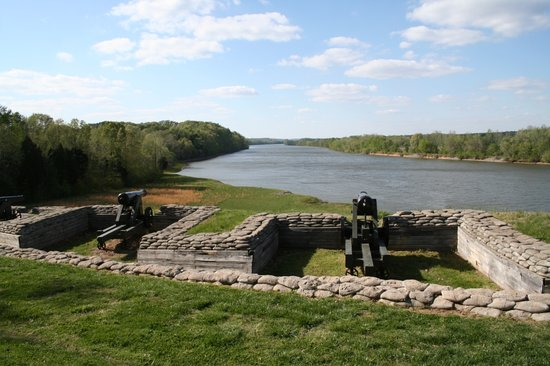 Dover, TN: Fort Donelson 1