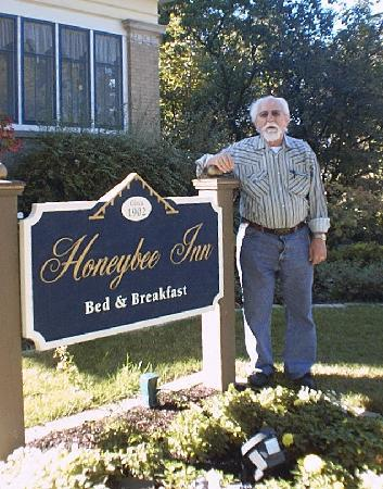Honeybee Inn Bed & Breakfast 사진