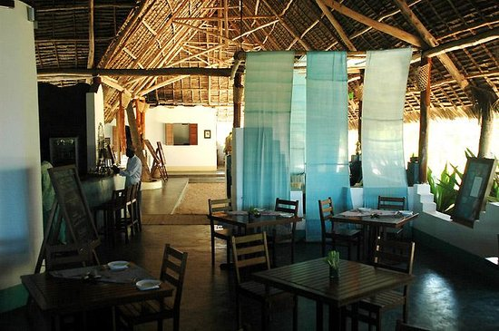 Matemwe Beach Village: the dining room
