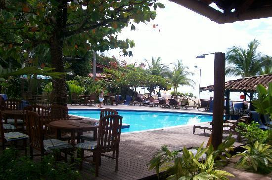 Villa das Pedras Pousada: vista de la piscina