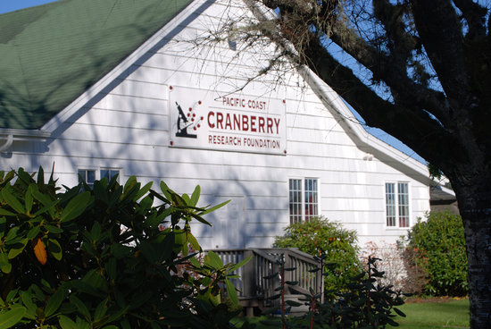 Long Beach, WA: Front Exterior of the Cranberry Museum