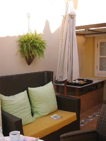 Aetoma Hotel: Comfortable Terrach