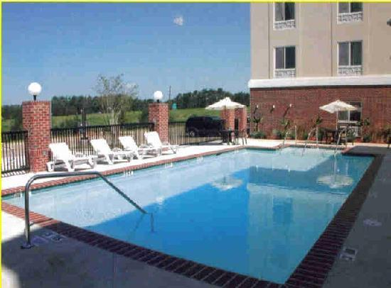 Holiday Inn Express Hotel & Suites Scott - Lafayette West: Pool