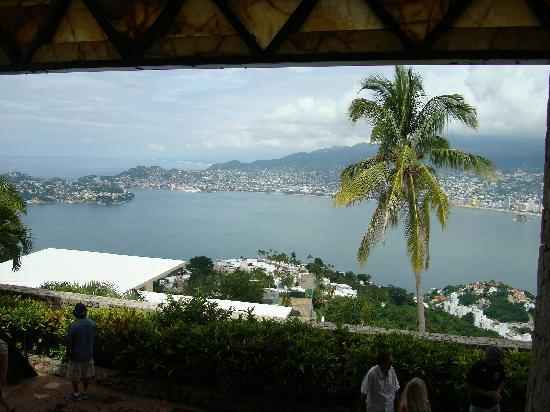 Capilla de la Paz (Chapel of Peace): Acapulco Bay as viewed from The Chapel of the Peace