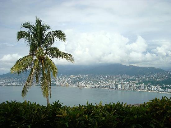 Capilla de la Paz (Chapel of Peace): Another View of Acapulco Bay from the Chapel of the Peace