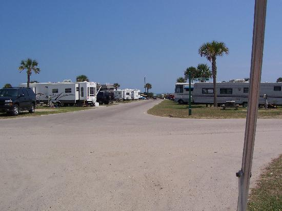 Ocean Lakes Family Campground: Taken on one of the roads looking toward the ocean