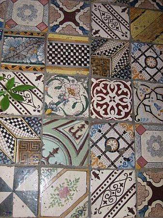 Beautiful tiles - Picture of Casa Astarita Bed and Breakfast ...