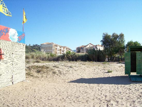 Strofades Beach Hotel: Hotel from the beach