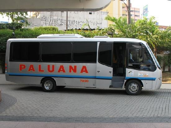 Slaviero Essential Guarulhos Aeroporto : This is the free airport bus, it doesn't have the hotel name on it!