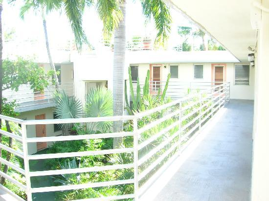 smathers beach key west picture of el patio motel key. Black Bedroom Furniture Sets. Home Design Ideas