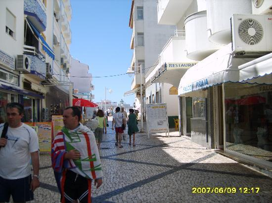 Monte Gordo, Portugal : walking street in town