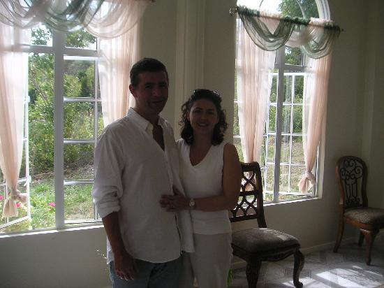 Zamaca Bed & Breakfast: My husband and I spending our last few minutes in St Lucia at Zamaca