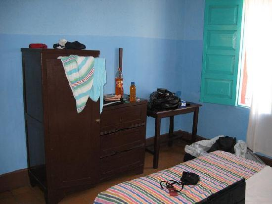 Hotel Lerma : Wardrobe