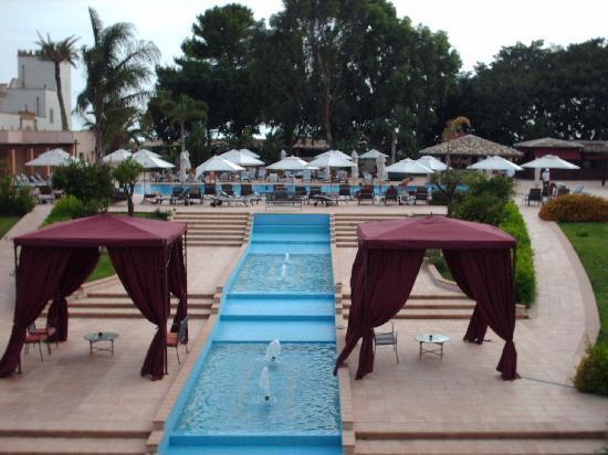 Giardino di Costanza Resort : From the bar looking towards the pool
