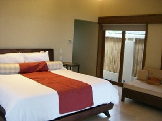 Amorita Resort: bed