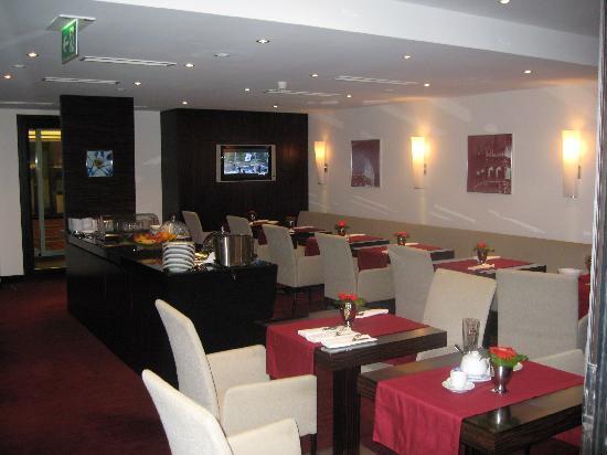 Sheraton Muenchen Arabellapark Hotel: Club Room