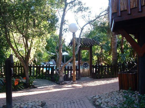 Tsitsikamma Lodge: Large, clean pool area