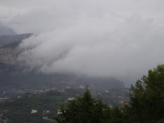 Villa Monica B&B: immersi tra le nuvole....!!!