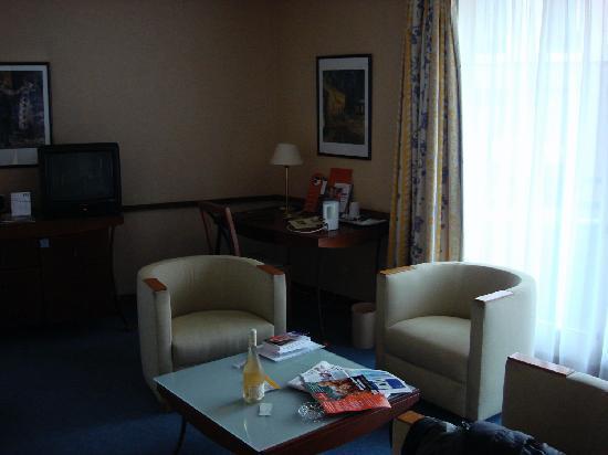 Best Western Hotel Du Pont Wilson : Sitting area