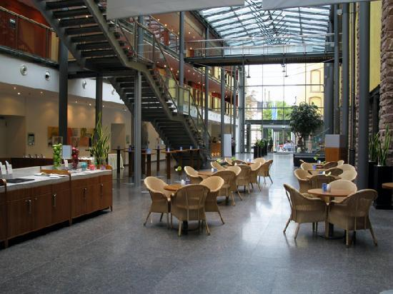restaurant picture of nh heidelberg heidelberg. Black Bedroom Furniture Sets. Home Design Ideas