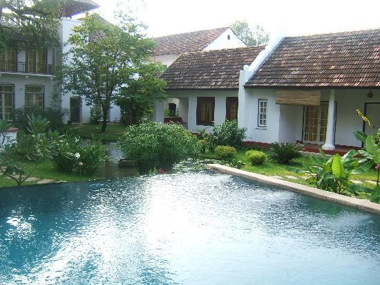 Old Harbour Hotel: The pool, pond and cottage