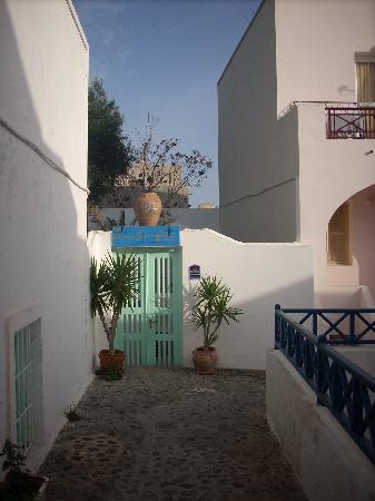 The Museum Spa Wellness Santorini Hotel: Spa entrance