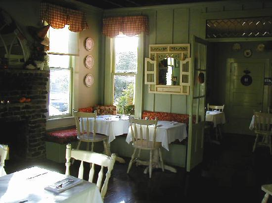 Red House Cafe Interior Dining